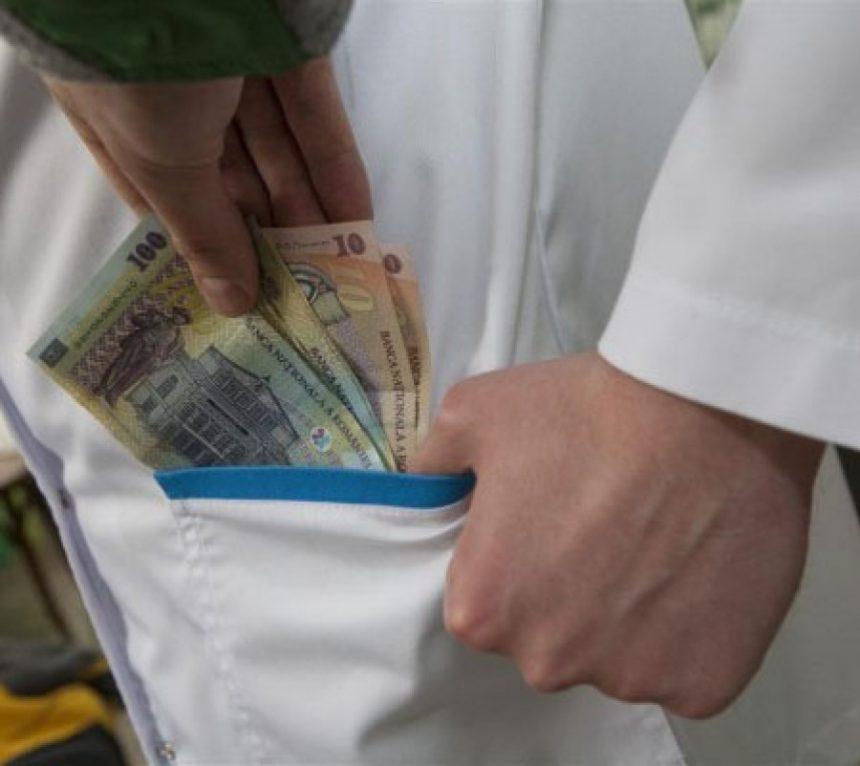 Pacienții care se internează în spital, puși să semneze că nu dau mită!