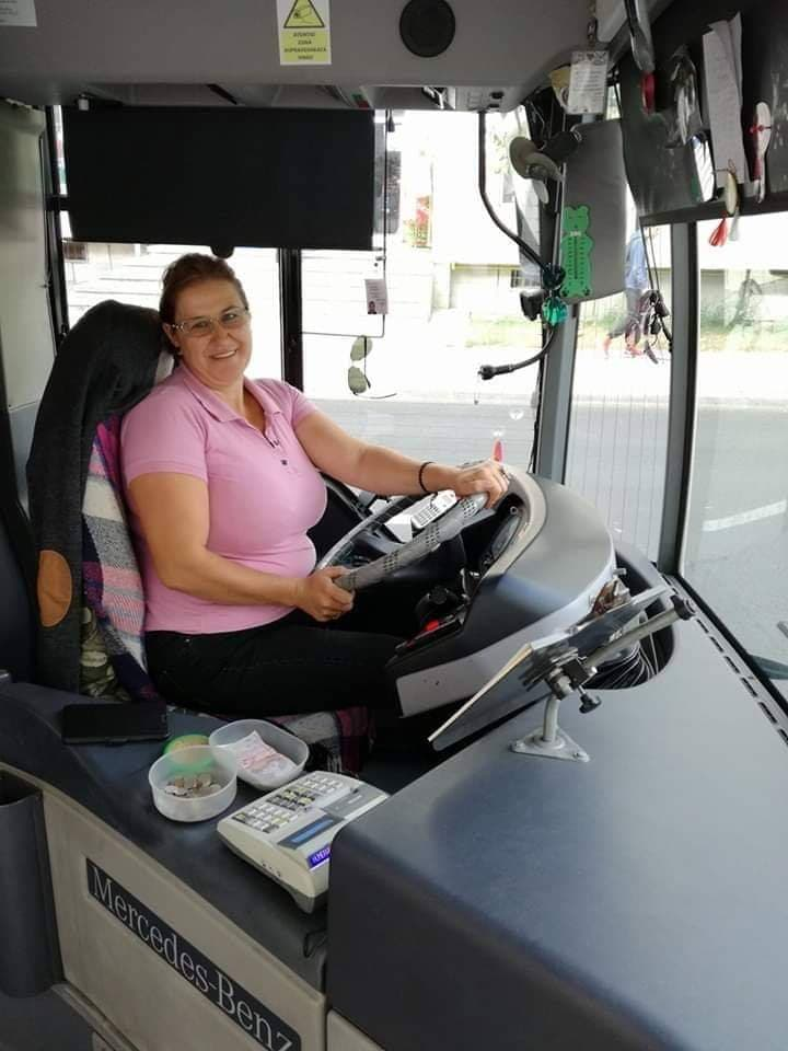Reprezentanții Transmixt: Yka, șoferița noastră, are o atitudine cu care îi întrece pe mulți șoferi