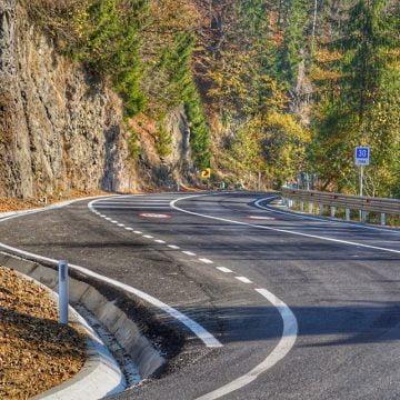 FOTO: Drum ca-n palmă până la Colibița!