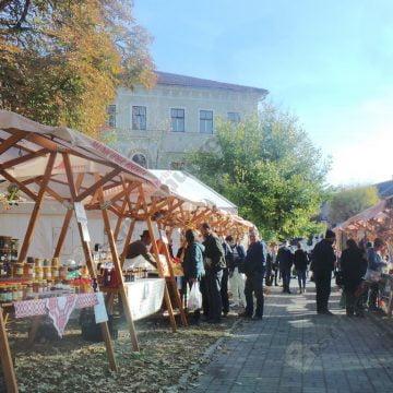FOTO: Cooperativa Agricolă din Sângeorz-Băi a făcut senzaţie în centrul Bistriţei…!