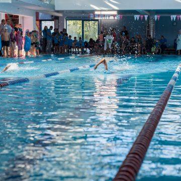 Cupa Casa EMA la înot: Zeci de medalii pentru sportivii din Bistriţa!