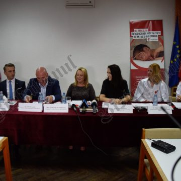 VIDEO – Mai multe șanse la viață pentru nou-născuți: Spitalul Județean a primit aparatură de 18.000 euro