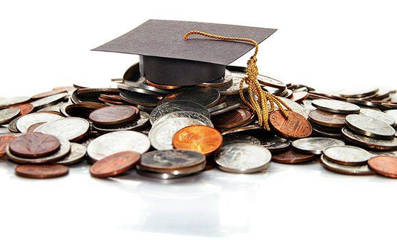 Consilierii locali au votat: Fără burse mărite pentru elevi!