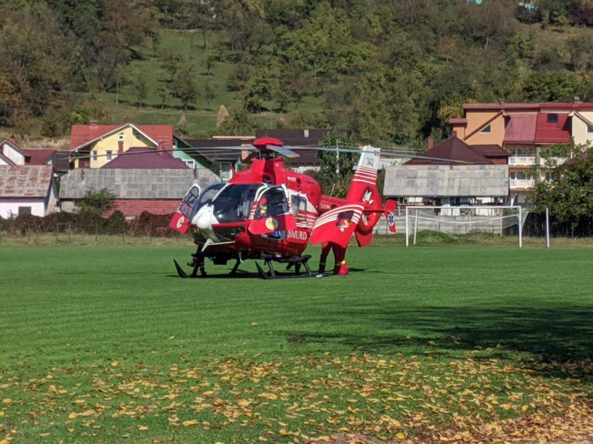 FOTO/VIDEO – Grav accident la școala Mihai Eminescu din Năsăud: Un elev a căzut de la 8 metri. A fost solicitat elicopterul SMURD