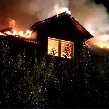 FOTO – GROAZNIC: Bunic mort într-un incendiu în Budac