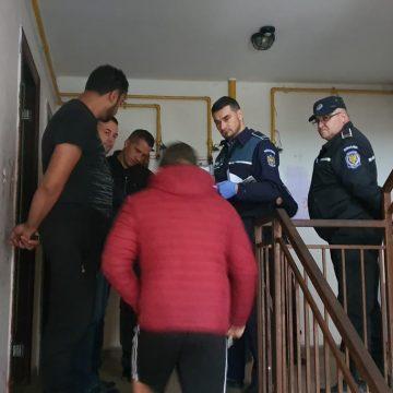 ACȚIUNE DE AMPLOARE. Zeci de polițiști au luat la puricat blocurile sociale din Viișoara