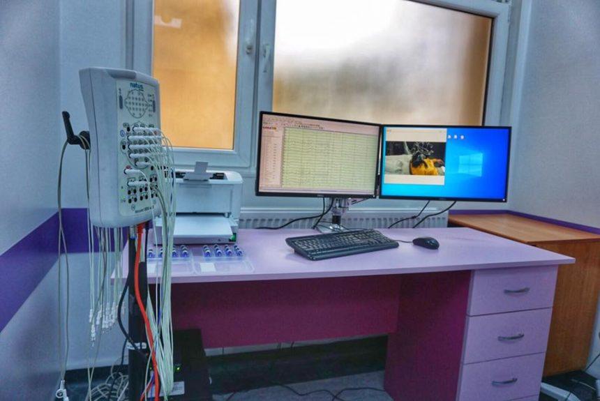 Medicina viitorului a ajuns și la Bistrița, cu un aparat de diagnosticare și monitorizare a epilepsiei!