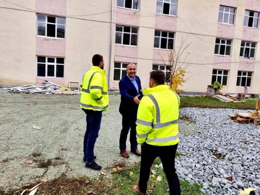 FOTO: SE POATE și la noi! 174 milioane lei, fonduri europene și guvernamentale, pentru modernizarea școlilor din Bistrița