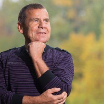 Conferinţele de toamnă: Dr. Cristian Răchitan, medicul vedetelor din New York, invitat în 10 noiembrie, la Bistriţa!