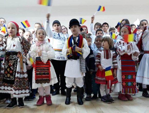FOTO: Sărbătoare la Cristeștii-Ciceului
