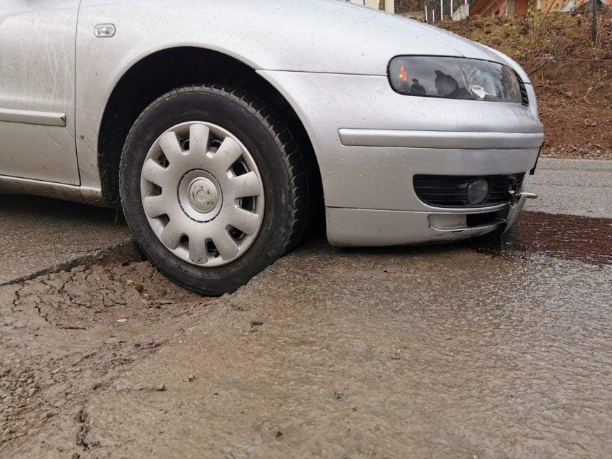 FOTO- DEZASTRU: Șoferii, revoltați în urma unor lucrări făcute pe Dealul Budacului!