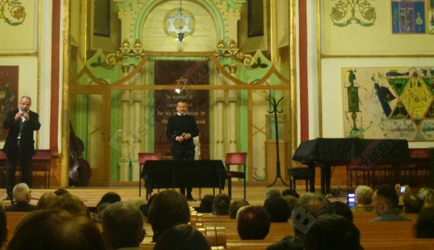 """VIDEO. Dr. Cristian Răchitan, la Bistriţa, despre greşeala """"enorm de mare"""" a oamenilor de azi: Aşa apar insatisfacţiile"""