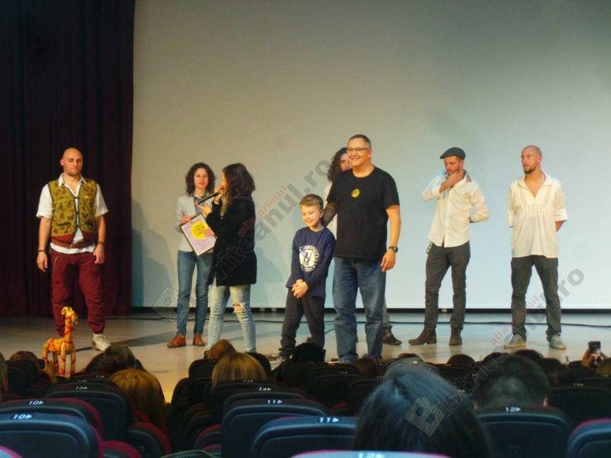 FOTO/VIDEO: Videoclipul iarba Fiarelor, lansat cu urale, chiote şi aplauze, la Ethos Film Fest