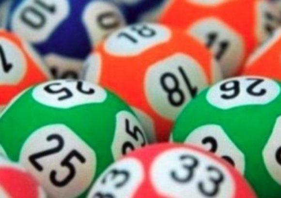 Năsăudeanul care a câștigat la loto 3,7 milioane de euro și-a ridicat premiul. A aflat întâmplător că a câștigat!