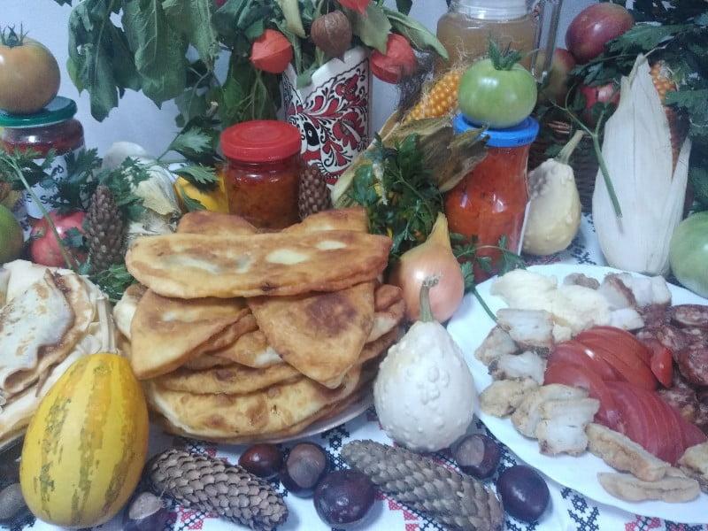 """Gusturi tradiționale, vitamine și culori de toamnă, într-o ediție specială a Târgului """"Produs în Bistrița-Năsăud"""""""