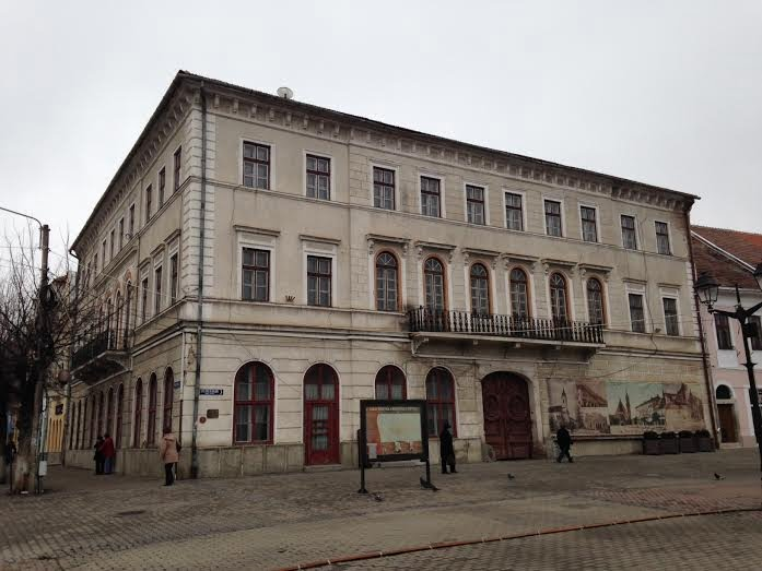 Vechiul Tribunal se TRANSFORMĂ, după ce noii proprietari au făcut pauză câțiva ani