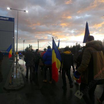 FOTO/VIDEO:  Marş, pe străzile Bistriţei, în amintirea zilei de 22 decembrie 1989. Eroii nu mor niciodată