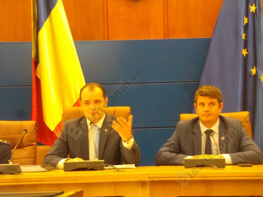 """FOTO/VIDEO: Final de mandat pentru Ovidiu Frenţ. """"Plec liniştit şi cu fruntea sus"""""""