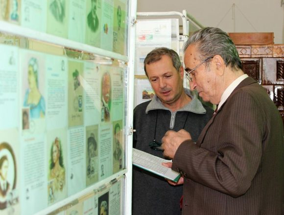 Un filatelist originar din Vaslui, propus ca Cetățean de Onoare al municipiului