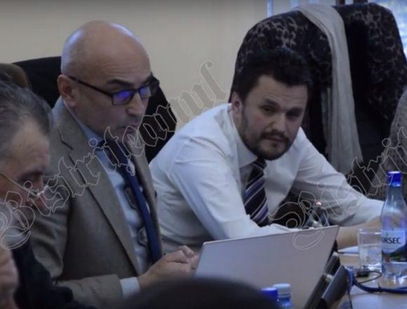 VIDEO – Peteleu despre modificarea organigramei la DSP: Nu văd logica! E pasa-n 3 cu schimb de locuri, ca la handbal!