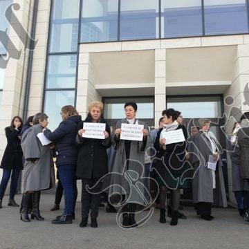 """Judecătorii de la Tribunalul Bistrița-Năsăud, de ieri în grevă! """"De vină"""" ar fi eliminarea pensiilor speciale"""