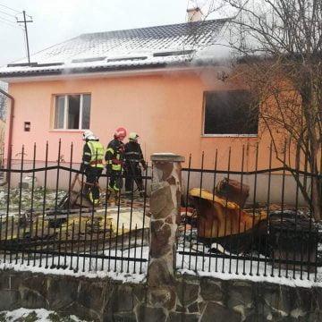 FOTO/VIDEO: Incendiu în Crainimăt. O persoană a suferit arsuri minore și intoxicație cu fum
