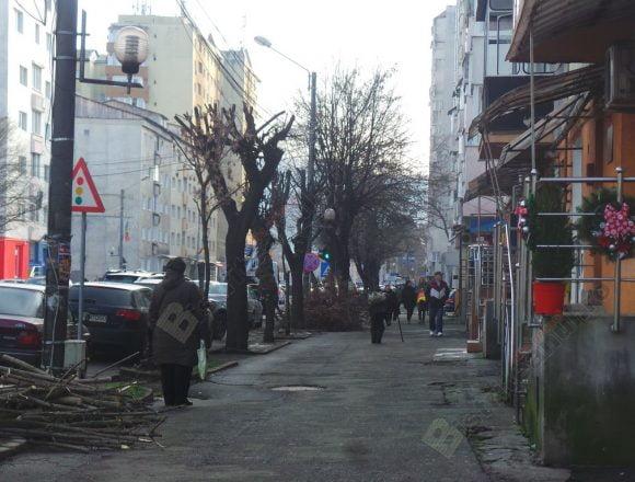 Rostul de dimineaţă:  Două, trei întâmplări bizare, pe o stradă din Bistriţa