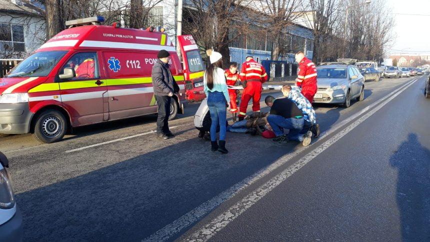 FOTO: Bărbat accidentat pe strada Libertății