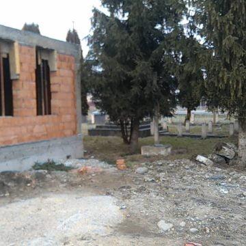 FOTO:  O hidoșenie, în Budacu de Jos! Monumentul eroilor din Primul Război Mondial, parțial distrus
