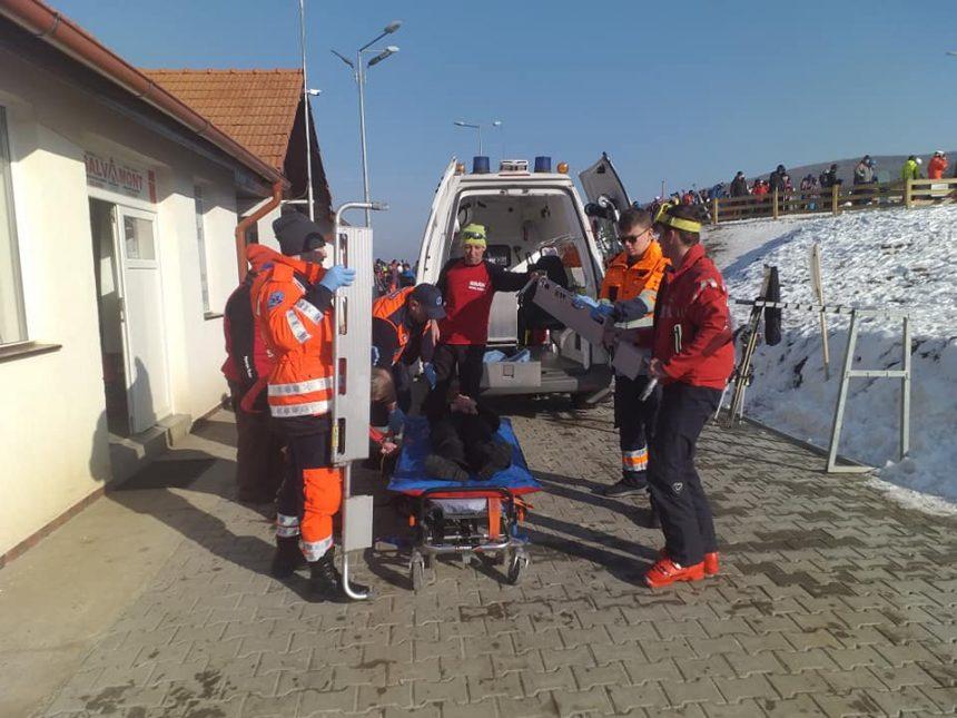 FOTO: O fetiță de 10 anișori, printre cei cinci accidentați de pe Pârtia Cocoș ce au ajuns la spital