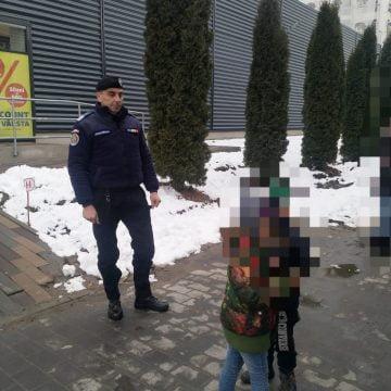 Jandarmii, chemați să caute doi copii pierduți într-o parcare!