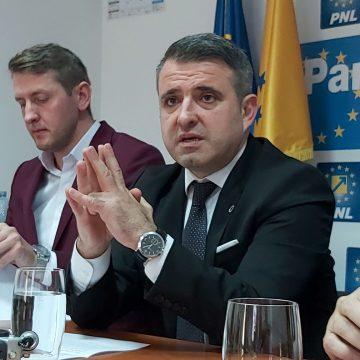"""Ioan Turc: """"Radu Moldovan e în campanie electorală și instigă angajații DGASPC să facă grevă"""""""