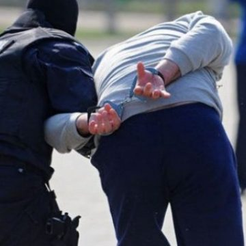 Urmărit internațional, descoperit de polițiștii de Investigații Criminale și cei din Năsăud