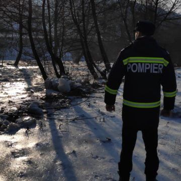 FOTO/VIDEO: Pirotehniștii intervin cu material exploziv în Rebra: