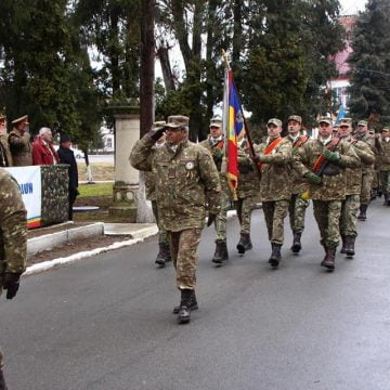 "FOTO: Emoţionantă ceremonie azi, la Brigada 81 Mecanizată""General Grigore Bălan"""
