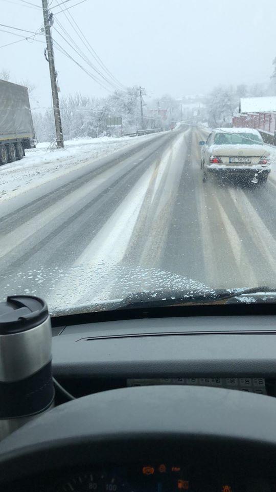 FOTO/VIDEO – COD GALBEN de viscol și ninsori până deseară! CARE e situația drumurilor în județ: