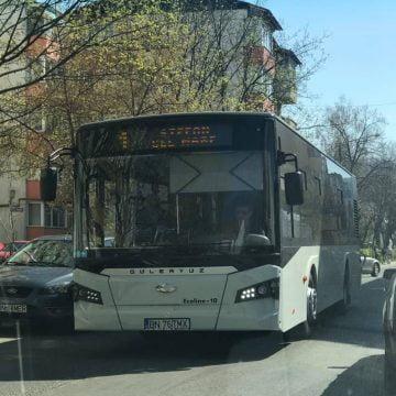 FII  REPORTER: Bătaie de joc, cu autobuzul care circulă spre Viișoara