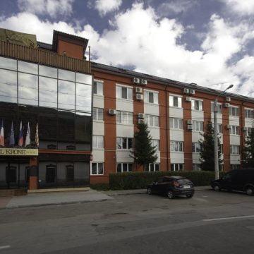 """""""Efectul pervers"""" al mutării secției de Oncologie la Hotel Krone: medicii sunt amendați pentru că nu au unde parca regulamentar"""