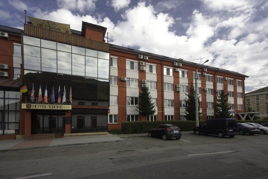 Consiliul Județean a pus la bătaie două milioane de lei pentru a cumpăra Hotelul Krone