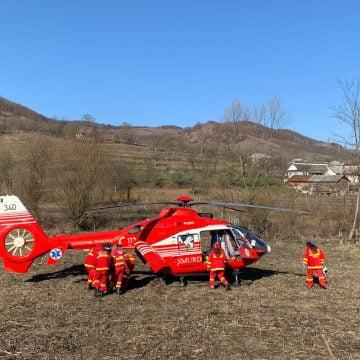 FOTO: Elicopterul SMURD solicitat la un accident în Căianu Mic