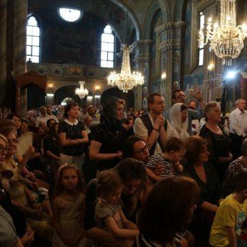 Pentru siguranța preoților și credincioșilor: Un semn de dragoste și responsabilitate creștină: Nu vă expuneți inutil îmbolnăvirii
