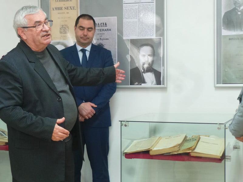 FOTO/VIDEO: Un exemplar al unui ziar evaluat la 4 milioane de dolari, expus la Arhivele din Bistrița