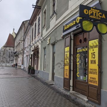 S-a redeschis Iana Optic, în centrul Bistriței