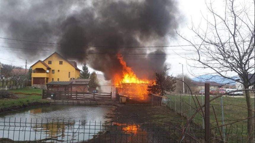 FOTO/VIDEO: Incendiu în Unirea