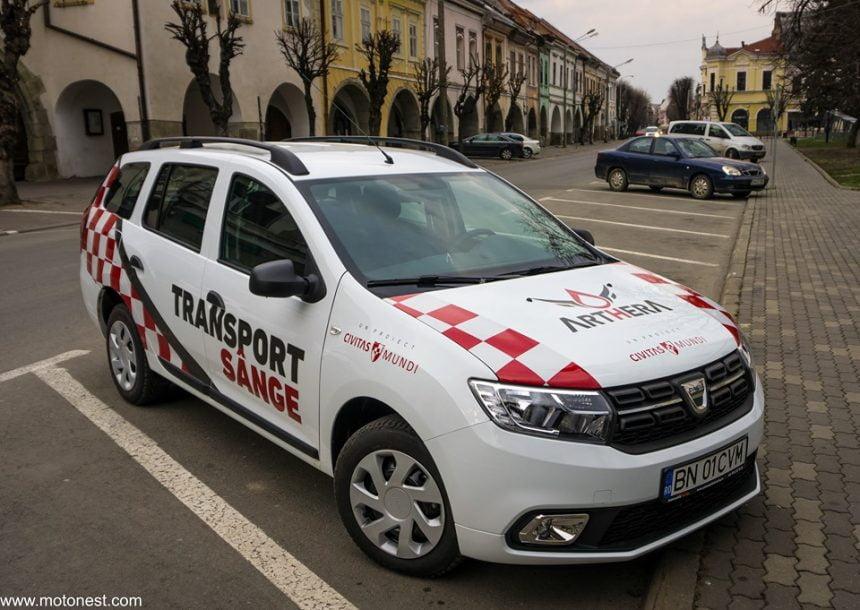 Mașina pentru transport sânge, în funcțiune! Voi donați sânge și bani, și împreună salvăm vieți!