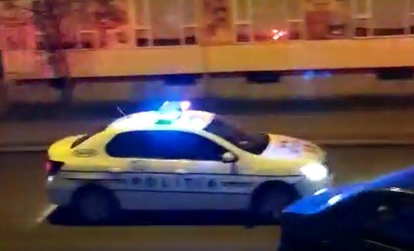 VIDEO: Poliția umblă pe străzi cerând bistrițenilor să rămână în case!