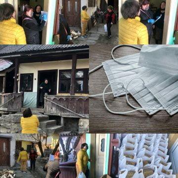ALPINA BLAZNA: 2000 de măști pentru polițiști și Spitalul Județean și pachete pentru bunicii de la Șanț