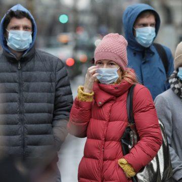 Masca de protecție – curând obligatorie în Bistrița-Năsăud nu doar în spații închise, ci și în aer liber…!