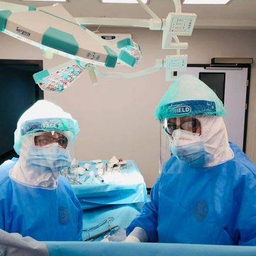 Marea provocare, trecută cu BRIO: Copilaș de trei anișori, suspect de COVID-19, operat de apendicită