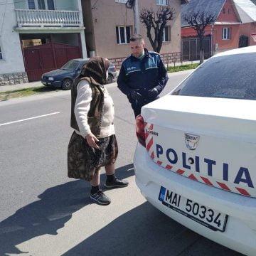 Normalitate și solidaritate: Cum a reacționat un polițist din Năsăud la îngrijorarea unei bunicuțe